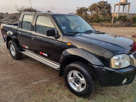 Camioneta Nissan frontier 4 x 4 10,500  dólares