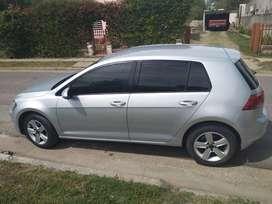 Se vende (NO PERMUTO) Volkswagen Golf Trendline 5 puertas 1.6, manual de 5 velocidades –