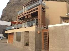 Linda casa en venta en Playa Pelicanos km 55 , Sur chico