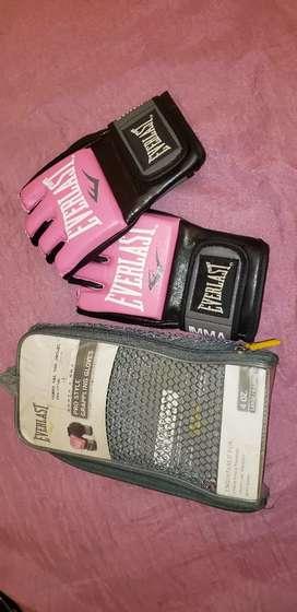 Guantes de MMA rosados