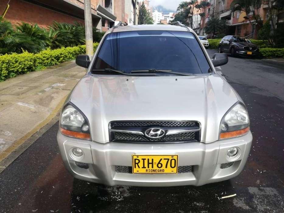 se vende hyundai tucson modelo 2009