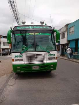 Buseta de 20 pasajeros