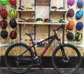 Bicicleta gw alligator rin 29 frenos hidráulicos suspensión con bloqueo al manubrio