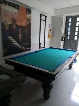 Mesa de pool estilo francés