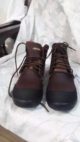 Zapatos marca. Westland Y kleiner. Uso industrial  .