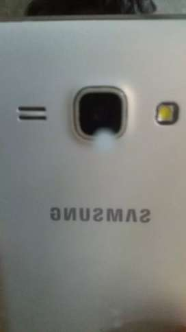 Samsung J5 a 80$ negociable