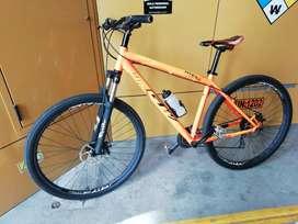 Bicicleta gw hyena  29ermax
