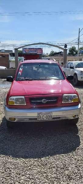 Vendo Suzuki Gran vitara del 99..(Reparado Integro.)