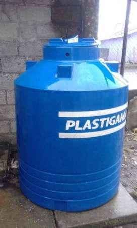 Vendo reservorio de agua capacidad de 1000 litros