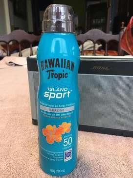 Spray bloqueador Hawaiian tropic island sport ultra light
