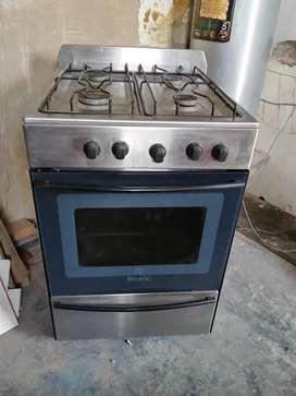 cocina funcionado vidrio acero escotial master