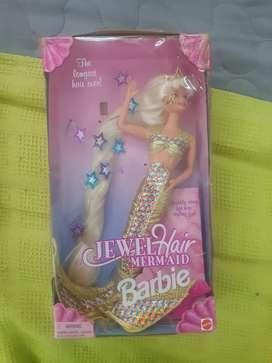 Barbie sirena cabello y joyas