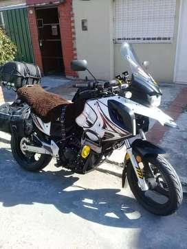 vendo permuto gilera smx 400 tomo moto 150 cc