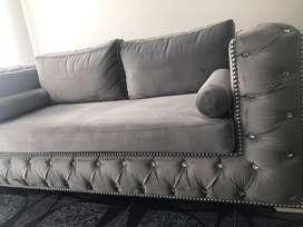 Sofa chester capitoneado con botones en swarovski