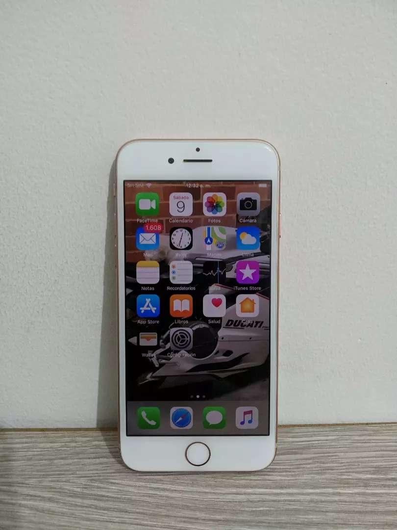 iPhone 8 64gb Gold 0