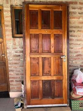 Puerta de Cedro usada con Marco