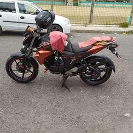 Vendo moto Yamaha fzta 16 a inyección en buen estado