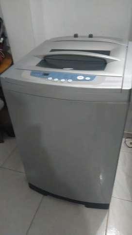 Se vende lavadora de marca Samsung de 26 libras