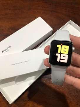 Apple watch Serie 3 38mm como nuevo + correa de regalo
