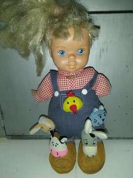 Vendo muñeca granjera.