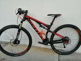 Bicicleta MTB Scott950