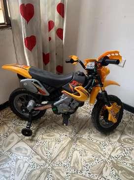 Moto eléctrica para niñ@s
