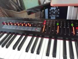 Vendo Teclado Roland RD 2000