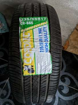 Neumático cero kilómetros (Cordial)