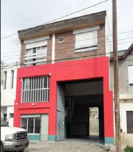 Galpon + Depto en block - B° Pueyrredon - Comodoro Rivadavia