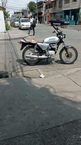Moto x100 suzuki