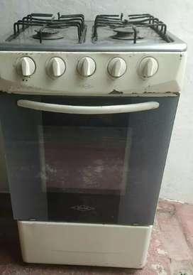 Estufa o cocina Haceb con horno