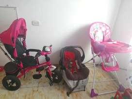 Silla de bebé + silla de comer + triciclo paseador