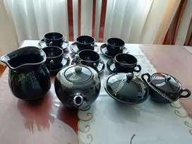 Juego de vajilla color negro 16 piezas + tapas