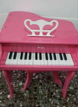 PIANO DE MADERA PARA NIÑA