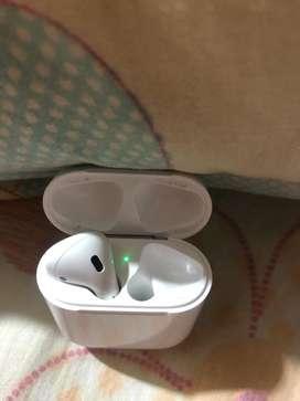 Estuche de carga de Airpods 1ra generacion con auricular izquierdo, original y funcional