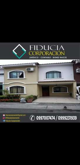 Se Vende Casa en Ciudad Verde  - Machala