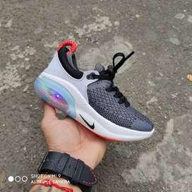 Tenis Nike joyride con luces niños