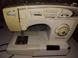 Maquina de coser Florencia
