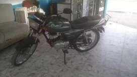 Hermosa moto dos tiempos