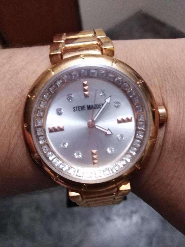 Reloj de Dama Steve Madden Original 0