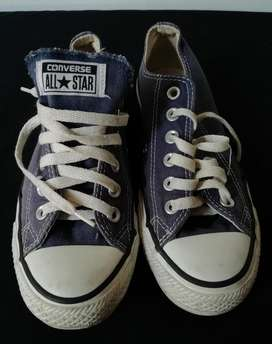 Converse Talla 5 color Azul originales
