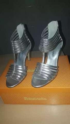 Zapatos un solo uso