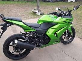 Kawasaki ninja 250 mod. 2012