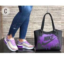Tenis Nike ecoflex de dama con bolso