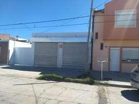 Alquilo Local Calle Neuquen Al 400