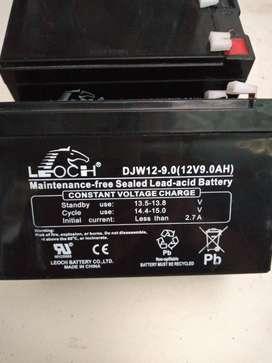 bateria 12v .7amper /hora marca leoch
