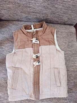 Se vende ropa americana de niño