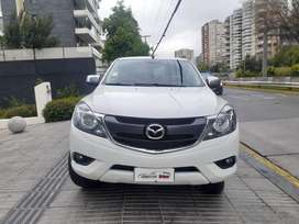 Camioneta Mazda BT-50 / doble cabina / Gasolina / 4x2
