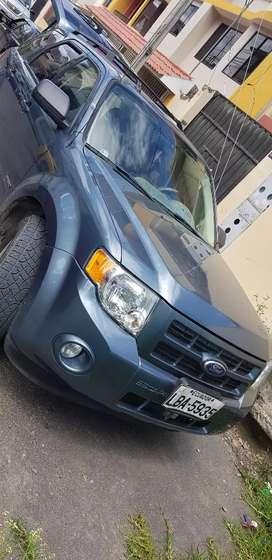 Se vende auto Ford Escape