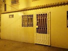 Alquiler departamento para pareja atrás Hsp Teodoro Madonado Cdla Huancavilca sur